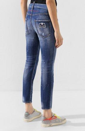 Женские джинсы DSQUARED2 синего цвета, арт. S75LB0281/S30342 | Фото 4