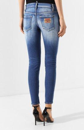 Женские джинсы DSQUARED2 синего цвета, арт. S75LB0280/S30663 | Фото 4