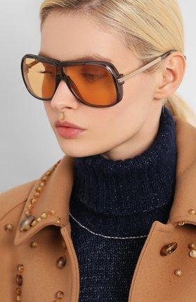 Женские солнцезащитные очки TOM FORD оранжевого цвета, арт. TF800 20E | Фото 2