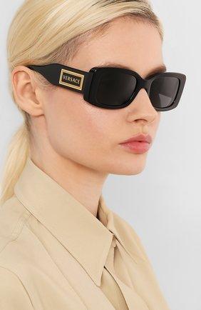 Женские солнцезащитные очки VERSACE черного цвета, арт. 4377-GB1/87   Фото 2