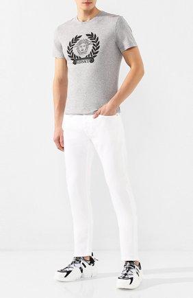 Мужская хлопковая футболка VERSACE серого цвета, арт. A85156/A228806 | Фото 2