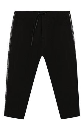 Детские хлопковые брюки BURBERRY черного цвета, арт. 8022352 | Фото 1