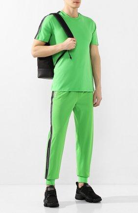 Мужская хлопковая футболка GIVENCHY зеленого цвета, арт. BM70UJ3002   Фото 2
