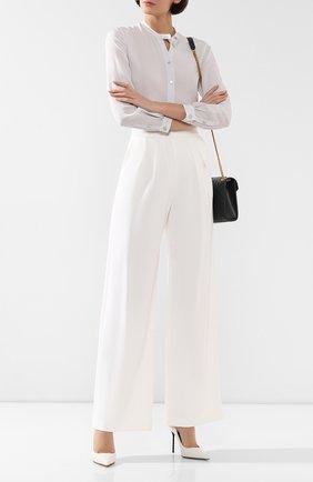 Женские брюки из вискозы GIORGIO ARMANI белого цвета, арт. 3HAP51/AJJXZ | Фото 2 (Женское Кросс-КТ: Брюки-одежда; Длина (брюки, джинсы): Стандартные; Случай: Формальный; Силуэт Ж (брюки и джинсы): Широкие; Статус проверки: Проверена категория; Материал внешний: Вискоза)