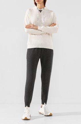 Женские кашемировые джоггеры BRUNELLO CUCINELLI серого цвета, арт. M12166399 | Фото 2