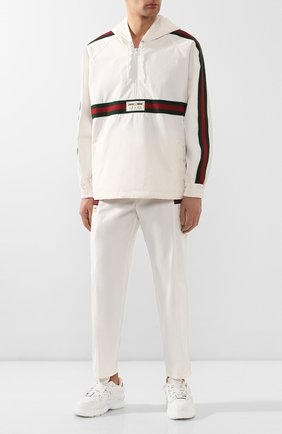 Мужской хлопковые брюки GUCCI белого цвета, арт. 604171/XDAX3 | Фото 2