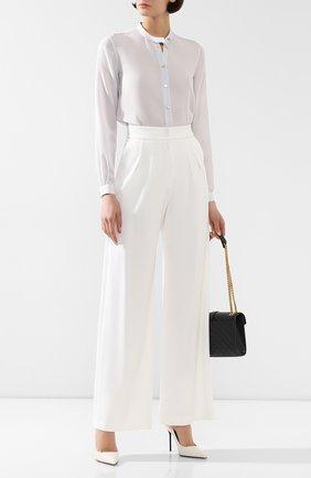 Женская шелковая рубашка GIORGIO ARMANI серого цвета, арт. 9CHCCZ80/TZ448   Фото 2 (Материал внешний: Шелк; Рукава: Длинные; Длина (для топов): Стандартные; Принт: Без принта; Женское Кросс-КТ: Рубашка-одежда; Статус проверки: Проверена категория)