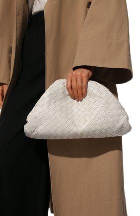 Женский клатч pouch BOTTEGA VENETA белого цвета, арт. 576175/VCPP0 | Фото 2