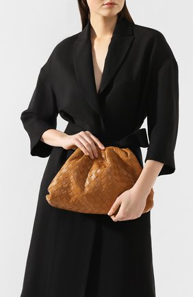 Женский клатч pouch BOTTEGA VENETA светло-коричневого цвета, арт. 576175/VCPP0 | Фото 2