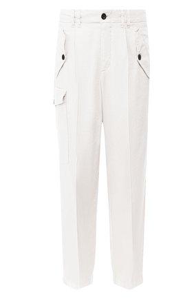 Мужские брюки из смеси льна и хлопка GIORGIO ARMANI белого цвета, арт. 0SGPP09X/T01FI   Фото 1 (Материал внешний: Лен; Случай: Повседневный)