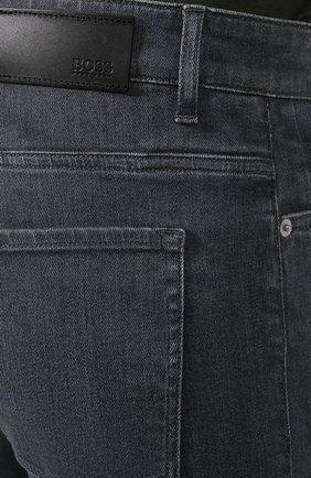 Мужские джинсы BOSS темно-серого цвета, арт. 50420864 | Фото 5