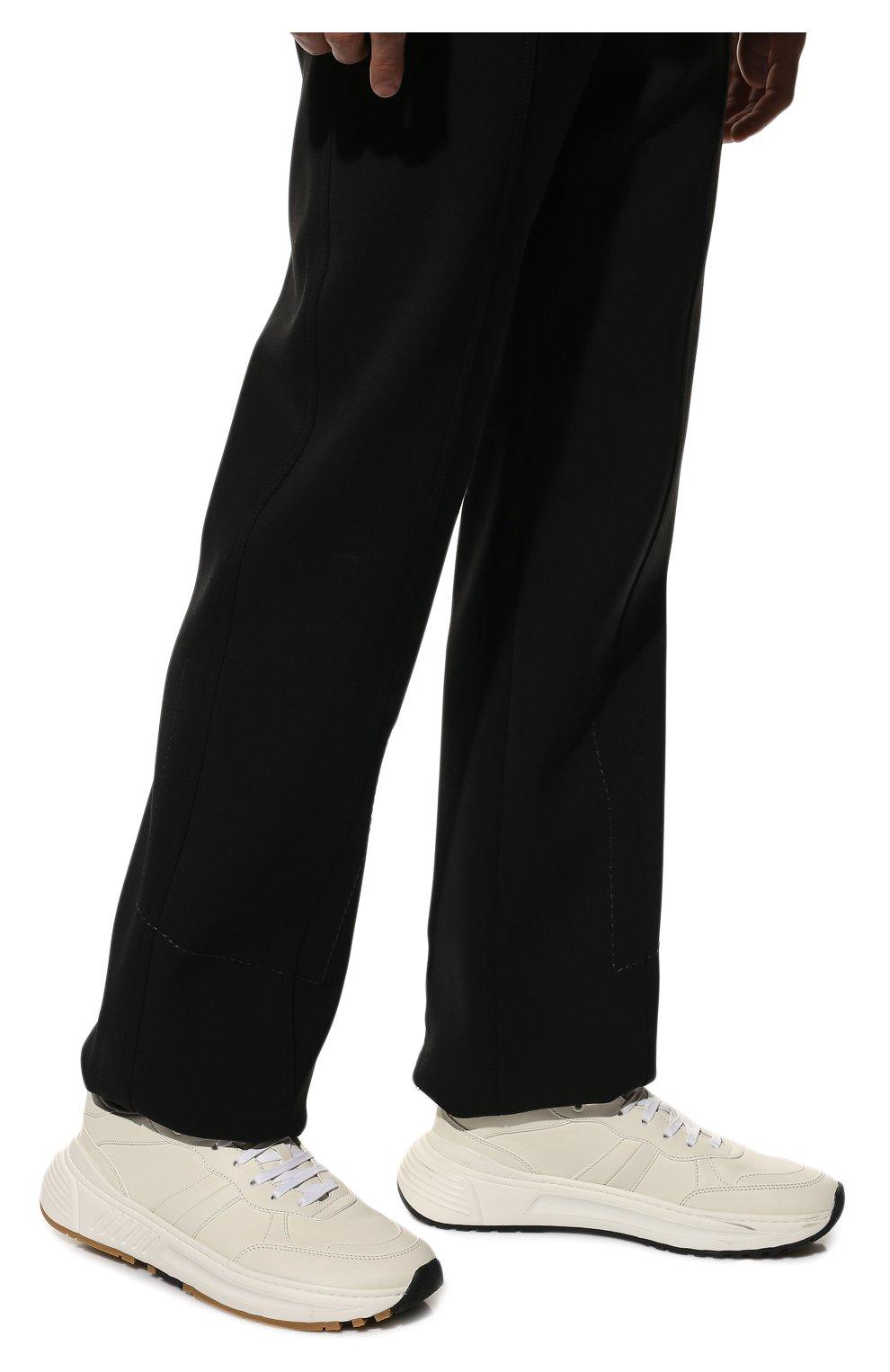 Мужские кожаные кроссовки BOTTEGA VENETA белого цвета, арт. 565646/VT040 | Фото 3