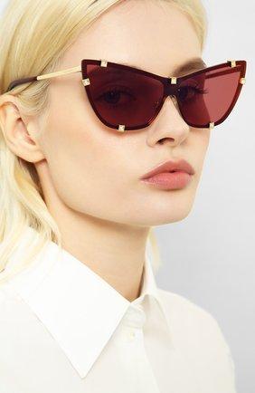 Женские солнцезащитные очки DOLCE & GABBANA бордового цвета, арт. 2247B-02/D0 | Фото 2 (Статус проверки: Проверена категория; Тип очков: С/з; Оптика Гендер: оптика-женское; Очки форма: Cat-eye)