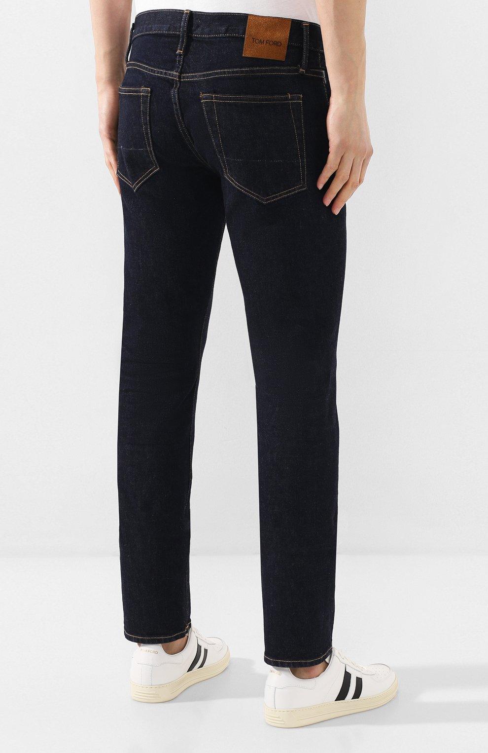 Мужские джинсы TOM FORD темно-синего цвета, арт. BUJ18/TFD002   Фото 4 (Силуэт М (брюки): Прямые; Кросс-КТ: Деним; Длина (брюки, джинсы): Стандартные; Материал внешний: Хлопок; Статус проверки: Проверена категория)