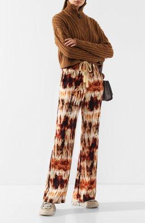 Женские брюки с поясом NANUSHKA разноцветного цвета, арт. GIADA_TIE DYE PRINT_CUPR0   Фото 2