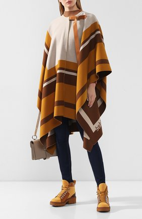Женская шерстяное пончо CHLOÉ бежевого цвета, арт. CHC20SMA84170 | Фото 2