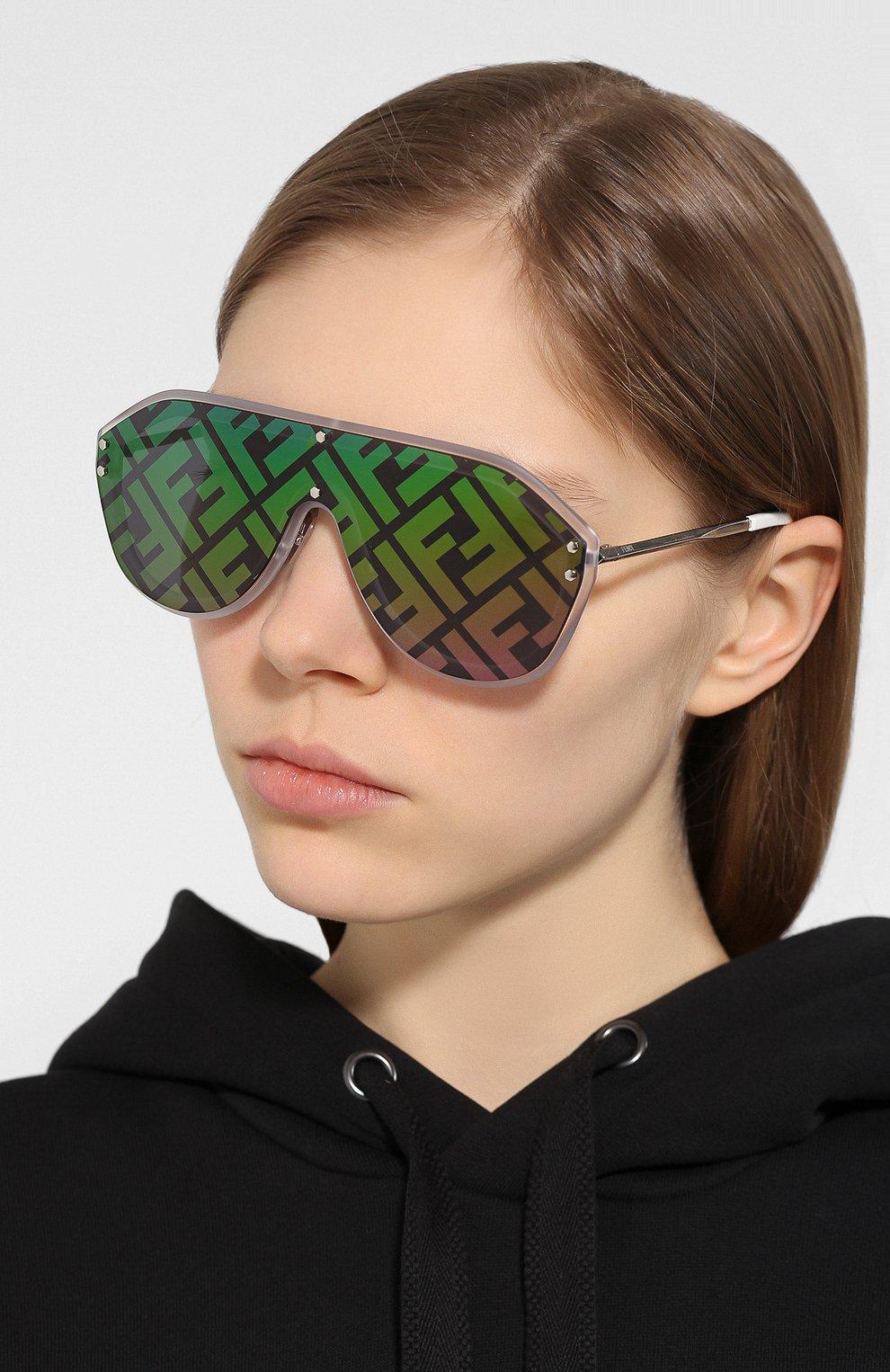 Женские солнцезащитные очки FENDI зеленого цвета, арт. M0039/G F74 | Фото 2
