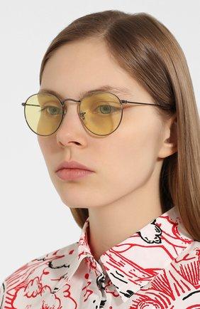 Женские солнцезащитные очки RAY-BAN желтого цвета, арт. 3447-004/T4 | Фото 2