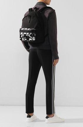 Мужской текстильный рюкзак city SAINT LAURENT черно-белого цвета, арт. 534967/9W0DU | Фото 2