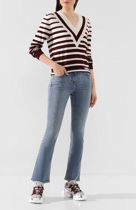 Женские джинсы VALENTINO голубого цвета, арт. TB3DD09N55D | Фото 2