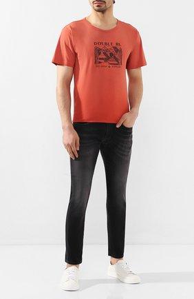 Мужская хлопковая футболка RRL красного цвета, арт. 782775286 | Фото 2 (Рукава: Короткие; Материал внешний: Хлопок; Длина (для топов): Стандартные; Мужское Кросс-КТ: Футболка-одежда; Стили: Кэжуэл)