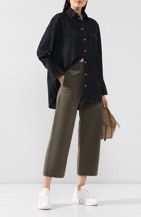 Женская джинсовая рубашка VALENTINO синего цвета, арт. TB3DB00M55F | Фото 2