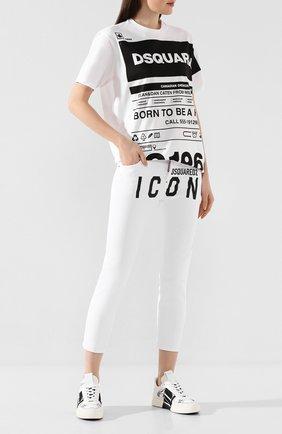 Женские джинсы DSQUARED2 белого цвета, арт. S80LA0003/S39781 | Фото 2