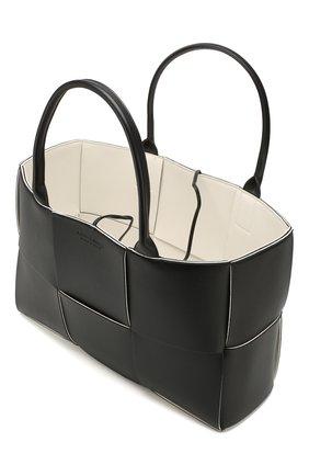 Женский сумка arco tote BOTTEGA VENETA черного цвета, арт. 609175/VMAY3 | Фото 4