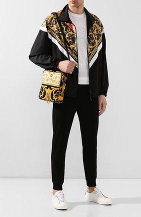 Мужская текстильная сумка VERSACE золотого цвета, арт. DL27806/DCAST7   Фото 2