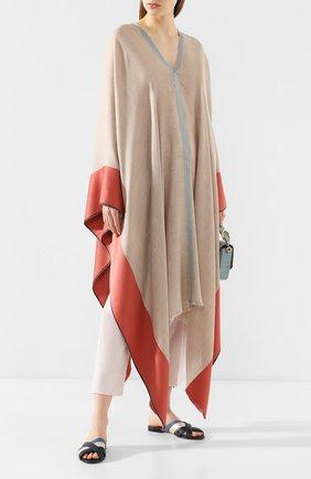 Женская пончо из смеси шелка и кашемира LORO PIANA бежевого цвета, арт. FAI6578 | Фото 2