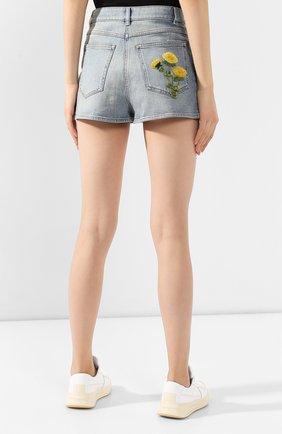 Женские джинсовые шорты VALENTINO голубого цвета, арт. TB3DD09M55D | Фото 4 (Женское Кросс-КТ: Шорты-одежда; Кросс-КТ: Деним; Длина Ж (юбки, платья, шорты): Мини; Материал внешний: Хлопок; Стили: Кэжуэл; Статус проверки: Проверена категория)