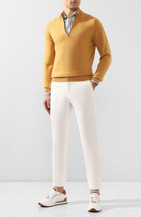 Мужские брюки из смеси хлопка и шелка KITON белого цвета, арт. UFPP79J07S49 | Фото 2