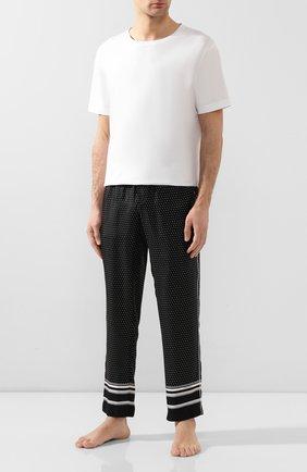 Мужские шелковые домашние брюки DOLCE & GABBANA черно-белого цвета, арт. GYB0HT/FI1KE | Фото 2