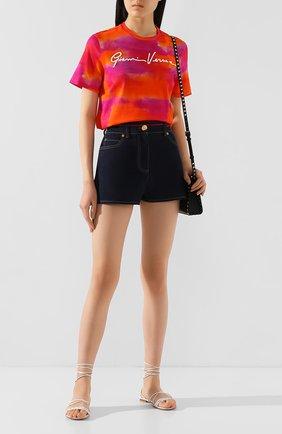 Женская хлопковая футболка VERSACE разноцветного цвета, арт. A85758/A233409 | Фото 2