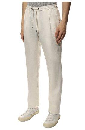 Мужские льняные брюки BRIONI белого цвета, арт. RPMJ0M/P6114/NEW JAMAICA   Фото 3 (Длина (брюки, джинсы): Стандартные; Случай: Повседневный; Материал внешний: Лен; Стили: Кэжуэл)