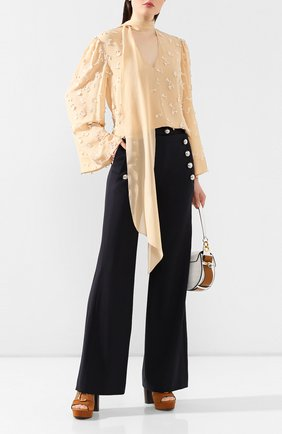 Женская шелковая блузка CHLOÉ бежевого цвета, арт. CHC20SHT67484 | Фото 2