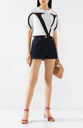 Женские джинсовые шорты VALENTINO синего цвета, арт. TB3DD09H55A | Фото 2