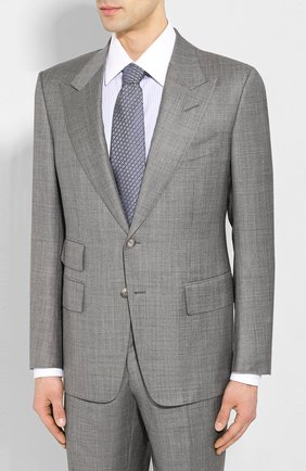 Мужской шерстяной костюм TOM FORD светло-серого цвета, арт. 722R03/21AL43 | Фото 2 (Материал подклада: Купро, Шелк; Рукава: Длинные; Материал внешний: Шерсть; Костюмы М: Однобортный; Стили: Классический)