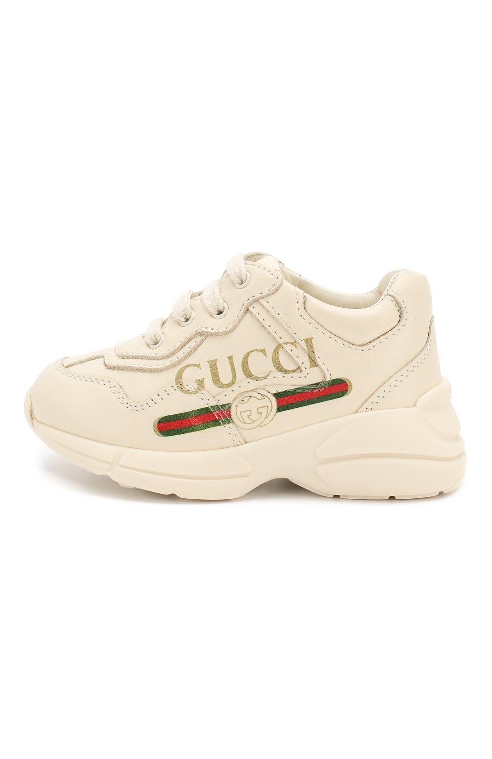 Детские кожаные кроссовки GUCCI белого цвета, арт. 579317/DRW00   Фото 2 (Материал внутренний: Натуральная кожа; Стили: Гранж)