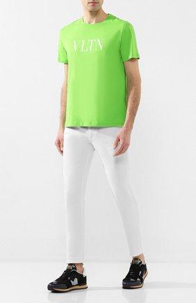 Мужская хлопковая футболка VALENTINO зеленого цвета, арт. TV0MG10V3LE | Фото 2