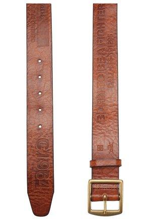 Мужской кожаный ремень DSQUARED2 коричневого цвета, арт. BEM0250 74100001 | Фото 2