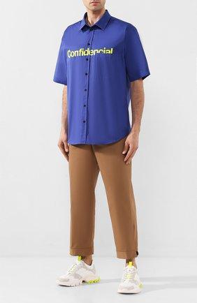 Мужская хлопковая рубашка MARCELO BURLON синего цвета, арт. CMGA042S20FAB001 | Фото 2