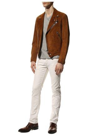 Мужская хлопковая футболка TOM FORD светло-серого цвета, арт. BU402/TFJ894 | Фото 2