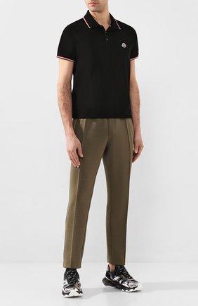 Мужское хлопковое поло MONCLER черного цвета, арт. F1-091-8A703-00-84556 | Фото 2 (Рукава: Короткие; Материал внешний: Хлопок; Длина (для топов): Стандартные; Застежка: Пуговицы)