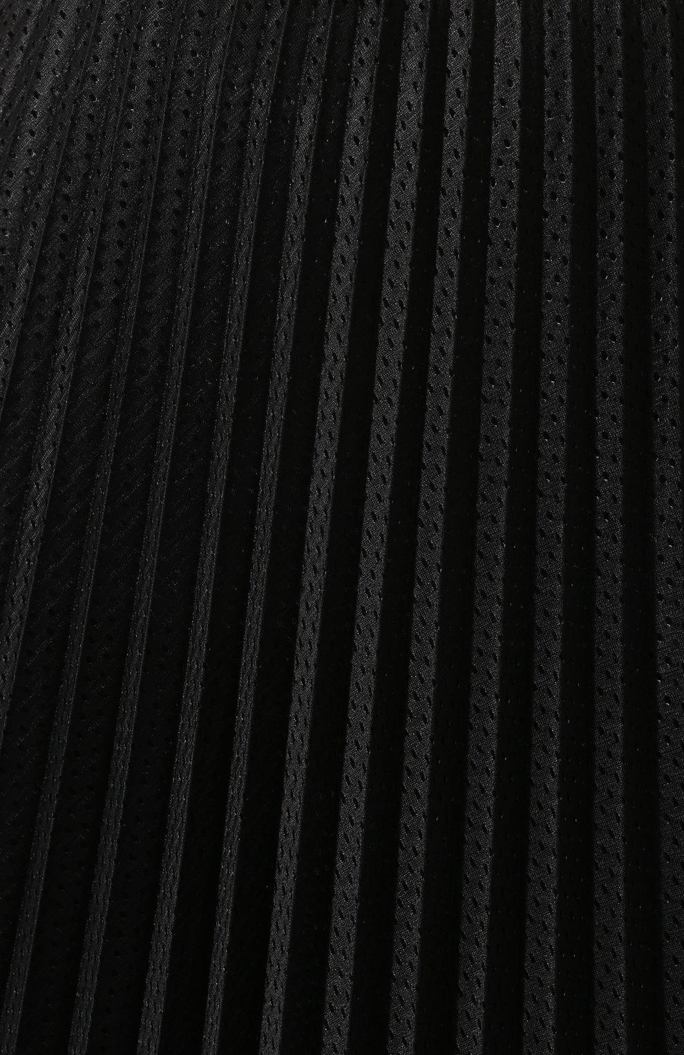 Женская юбка с перфорированием MONCLER черного цвета, арт. F1-093-2D711-00-54A39 | Фото 5