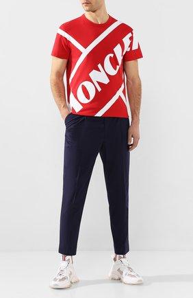 Мужской хлопковые брюки MONCLER темно-синего цвета, арт. F1-091-2A710-00-549P5   Фото 2