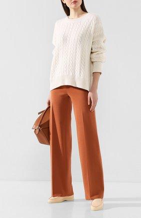 Женские брюки из смеси шелка и хлопка LORO PIANA темно-бежевого цвета, арт. FAI9456 | Фото 2