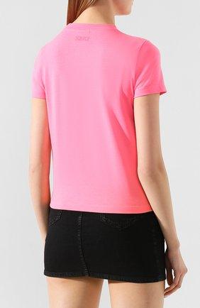 Женская футболка VETEMENTS розового цвета, арт. SS20TR360 1616A/W/LIGHT PINK   Фото 4 (Рукава: Короткие; Материал внешний: Синтетический материал, Хлопок; Длина (для топов): Стандартные; Принт: С принтом; Женское Кросс-КТ: Футболка-одежда; Стили: Кэжуэл; Статус проверки: Проверена категория)