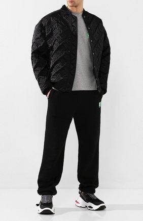Мужская хлопковая футболка BALENCIAGA серого цвета, арт. 594579/THV63 | Фото 2