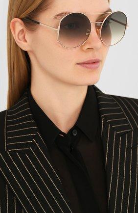 Женские солнцезащитные очки TOM FORD серого цвета, арт. TF782 28B | Фото 2